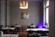 Restaurant/Bar