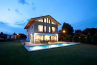 Haus - Garten & Pool